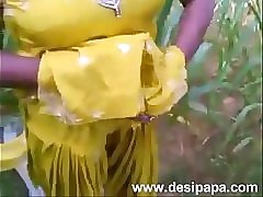 Indian hot punjabi bhabhi fucked in open fields mms